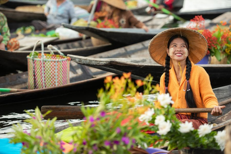 Myanmar Floating market