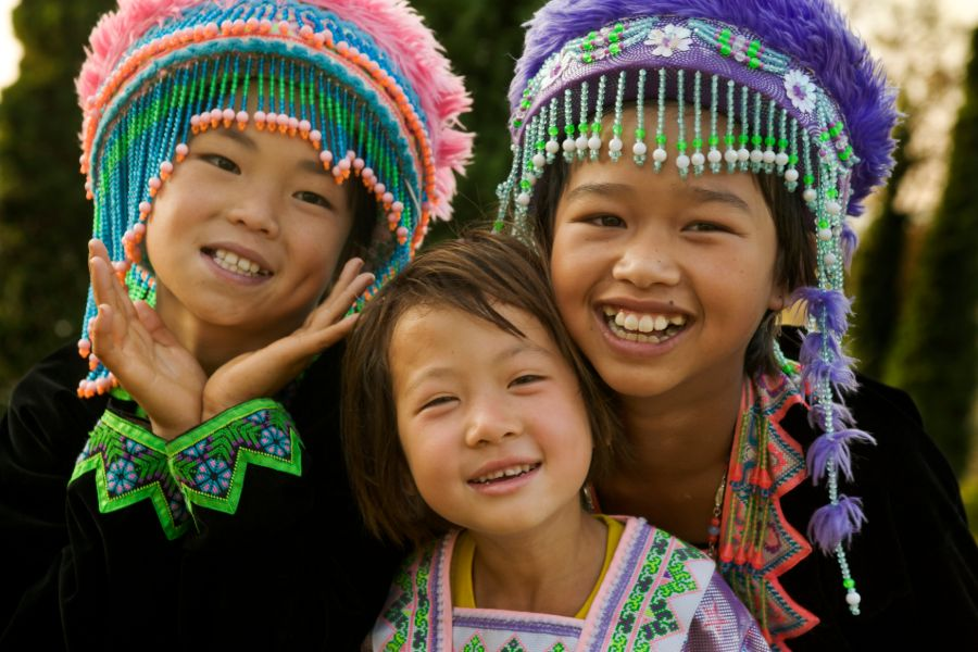 Laos Hmong girls bergstam traditioneel lokale bevolking